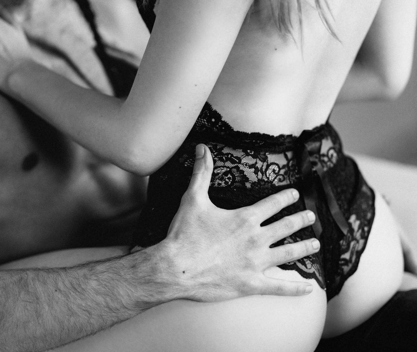 porno-zhenskie-eroticheskie-laski-foto-podsmotret-masturbatsiyu-seks